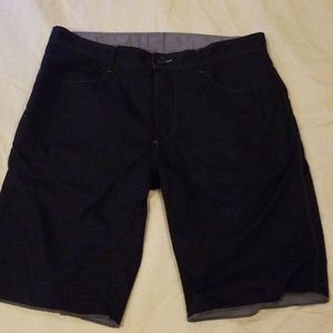 Howe reversible cotton shorts sz 36 black and grey